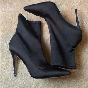 Aldo satin heels